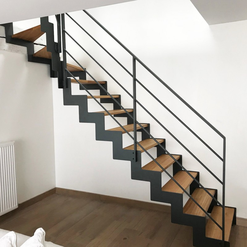 Design steel stair with wooden treads